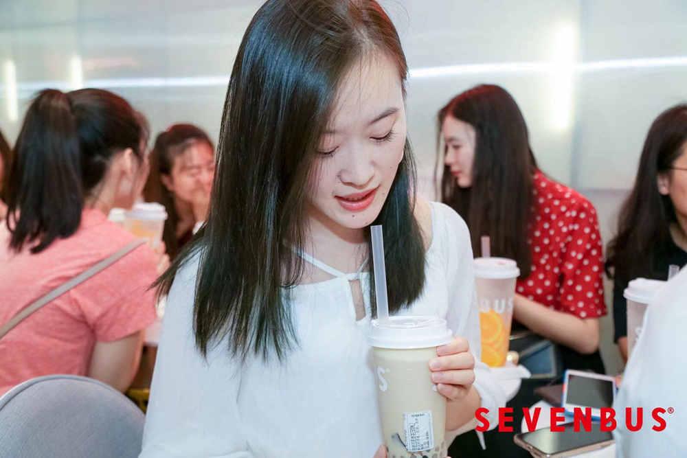 潮牌茶饮SEVENBUS入驻深圳 开启饮品新潮流